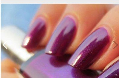 L'Oreal Nail Polish Colour Riche 504 Insolvent Magenta